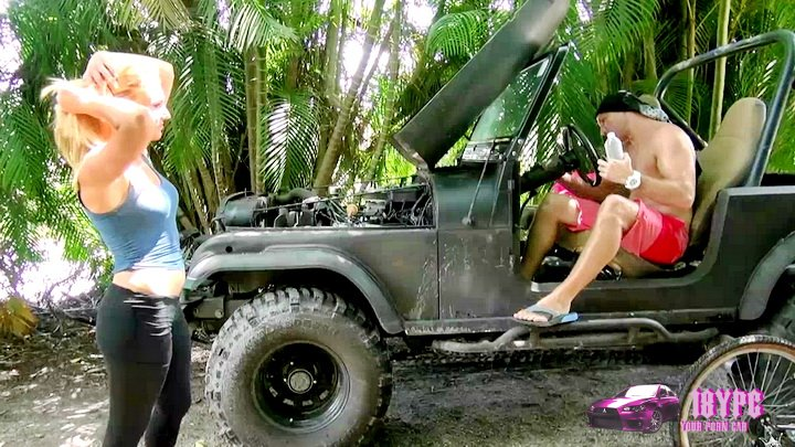 Car broke down? Do not worry - the blonde mechanic Alexa hurries to the rescue - porn in car 2015 HD